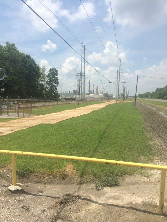 Laminated Construction Mat Road